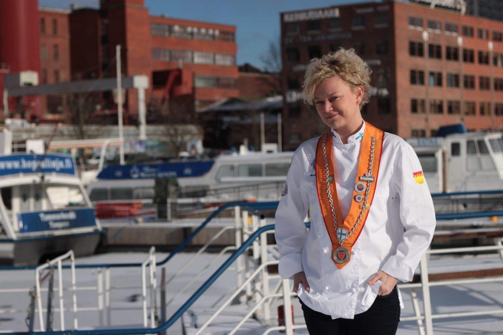 Anette Mellin, Hopealinjojen ravintolatoimenjohtaja